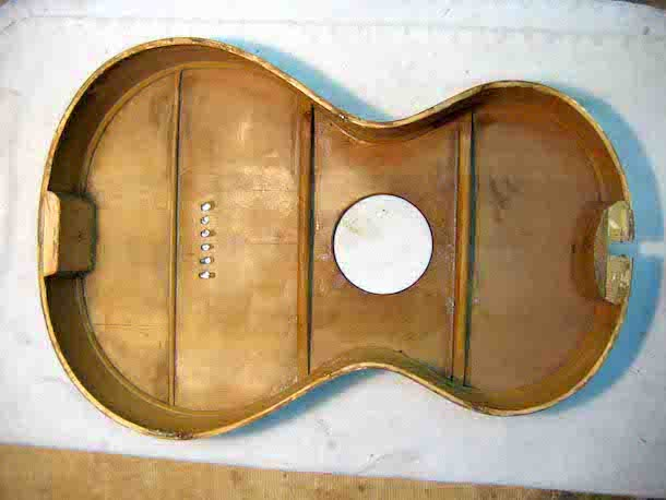 Extremely simple acoustic guitar bracing pattern