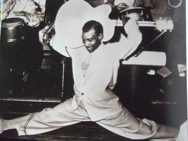 T-Bone Walker demonstrates an alternative playing position