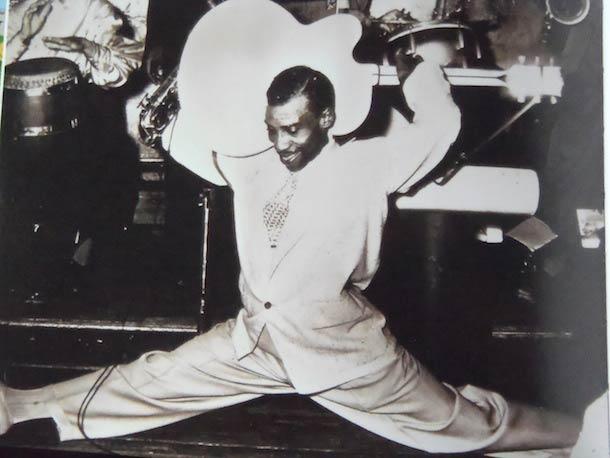 T-Bone Walker demonstrates an alternative playing position